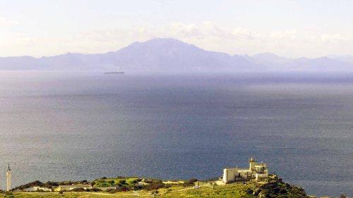 170322-GIBMS7-1136-African coast &
